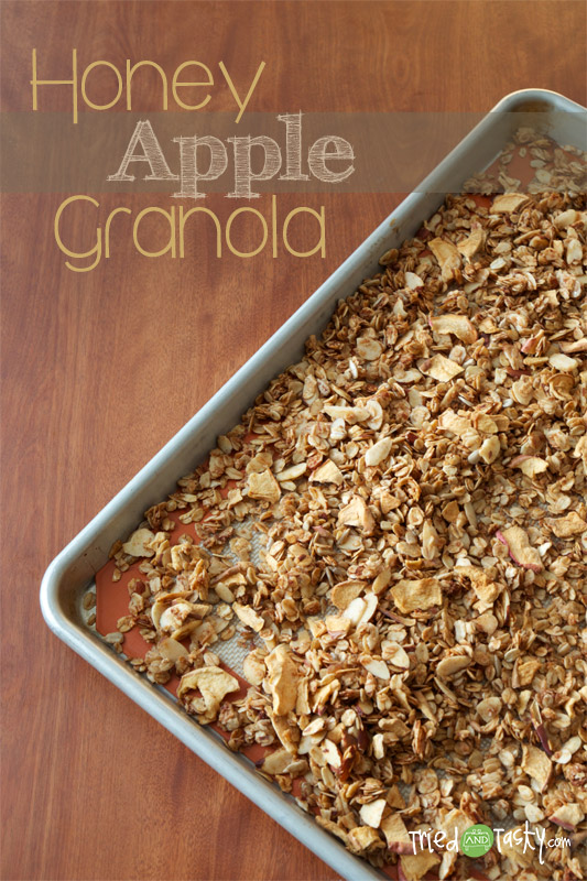 Honey Apple Granola // TriedandTasty