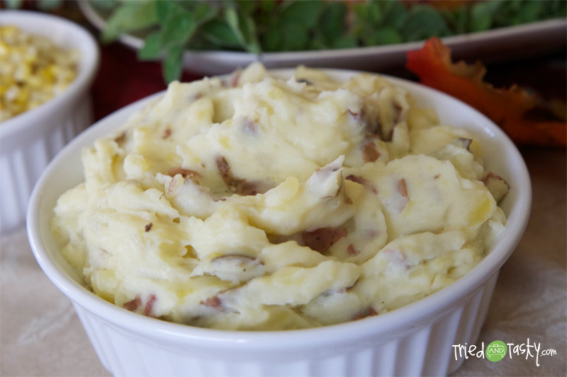 Creamy Mashed Potatoes // TriedandTasty