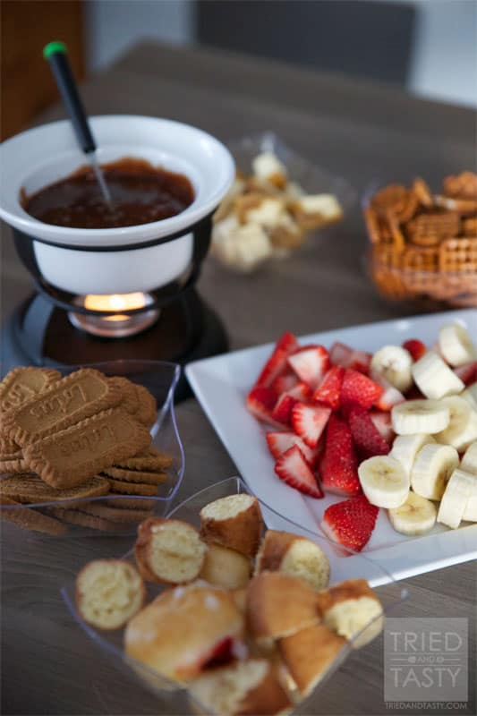 Chocolate Bar Fondue // Tried and Tasty