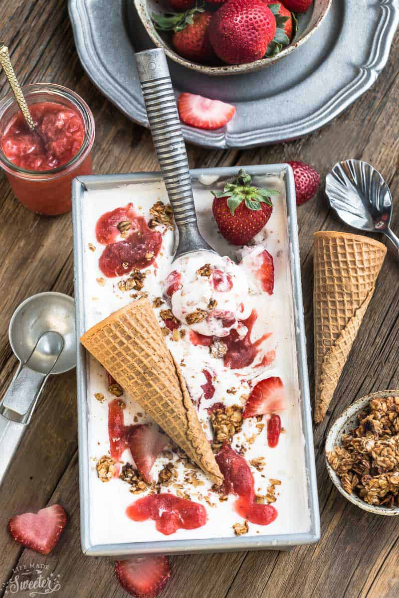 No Churn Strawberry Cheesecake Streusel Ice Cream (WM)