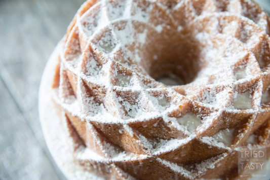 Mamas 7UP Pound Cake   This family recipe is one you'll want to make over and over again. It feeds a crowd and will get rave reviews at first bite. Make Mama's 7Up Pound Cake for birthdays, holidays, or any special occasion in between. Perfect for children and adults alike, you won't regret the time it takes to pull this masterpiece together. // Tried and Tasty