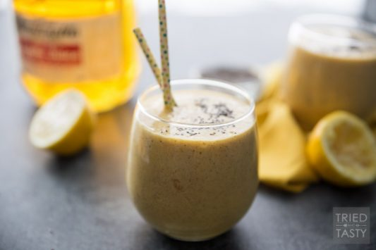 Winter Blues Blaster Detox Smoothie // Move over green smoothie, this will be the newest craze of the year. Filled with bright fruits, Martinelli's Apple Juice, and a few secret weapons. You'll want to add this smoothie to your rotation - it's sure to help you fight the blues!   Tried and Tasty